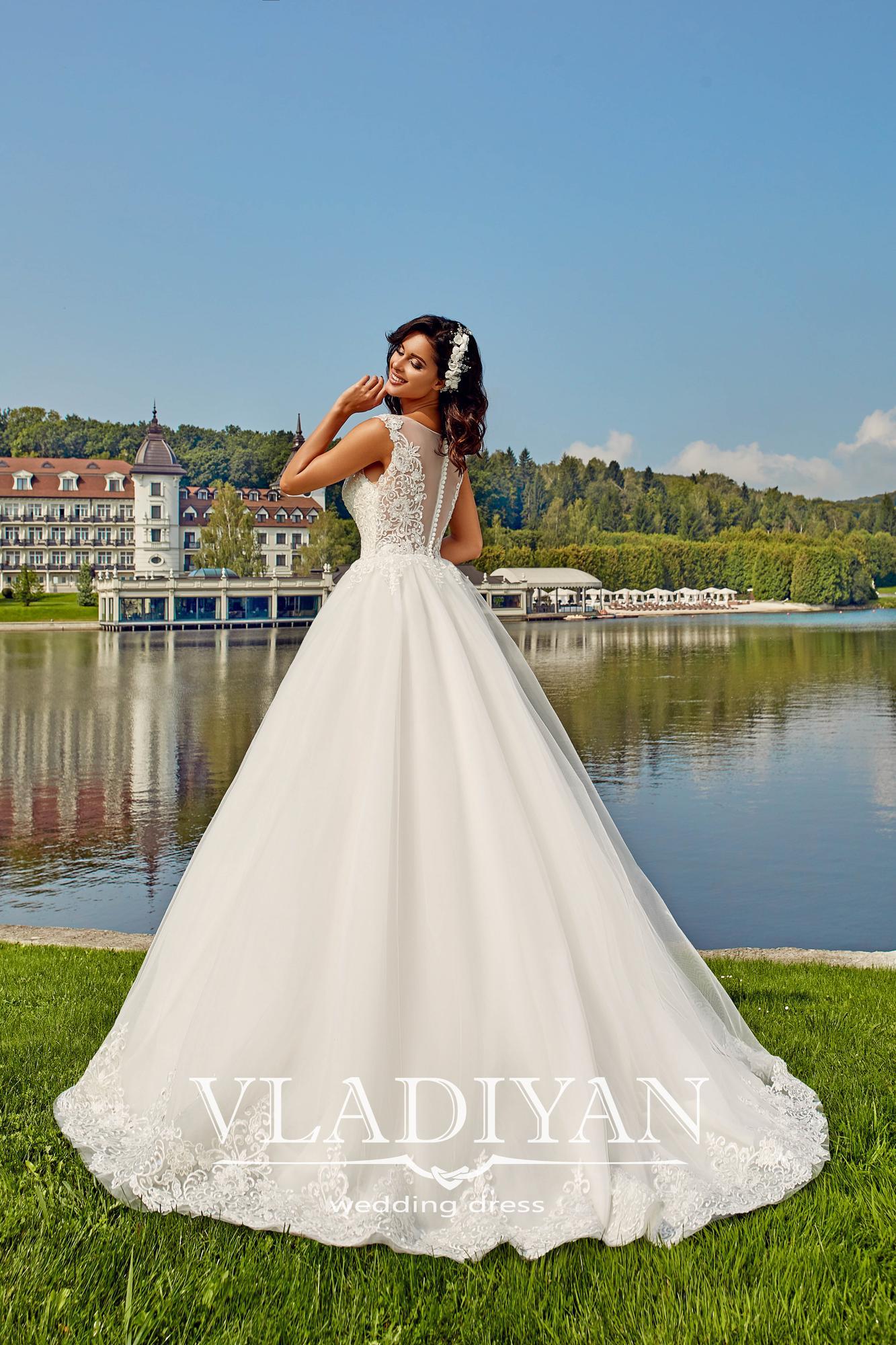 Vladiyan 38 2 Rochie De Mireasa 2018 Salon Vivianne