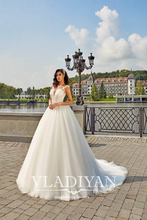 Vladiyan 40-1 · Rochie de mireasa 2018