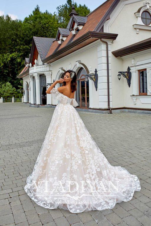 Vladiyan 45-2 · Rochie de mireasa 2018