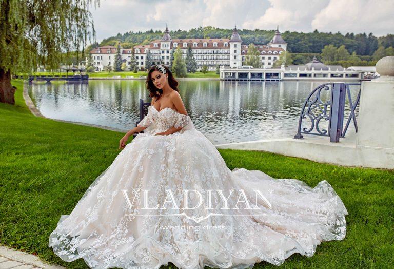 Vladiyan 45-3 · Rochie de mireasa 2018