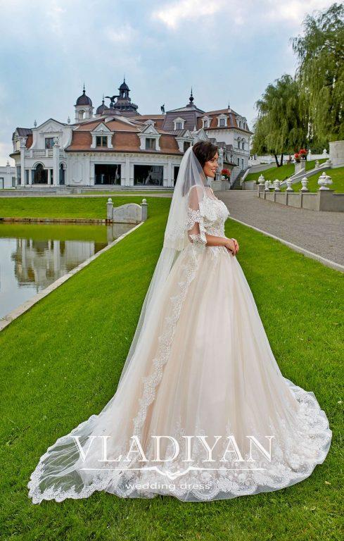Vladiyan 49-5 · Rochie de mireasa 2018